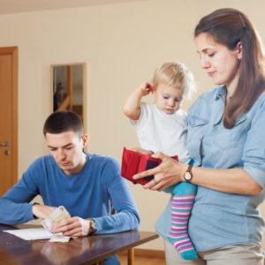 Как взять кредит родителю с детьми
